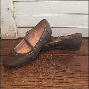 Life Stride Mary Jane Slip-Ons